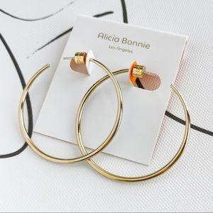 Alicia Bonnie Maria Gold hoop earrings